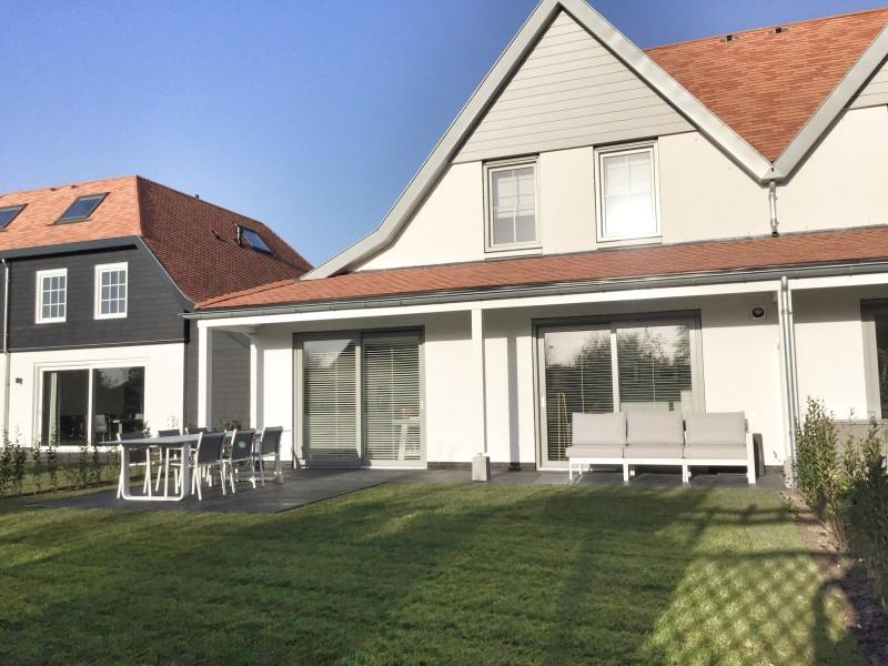 Huis aan zee cadzand zwanebloem 18 immo de nijs - Modern huis aan zee ...